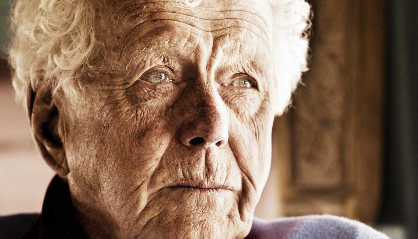 KJEMPER: Toralv Maurstad ble sendt til sykehus i all hast. Nå må veteranen kjempe igjen. Foto: Se og Hør