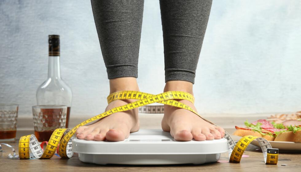 FEILFRITT: Skal du ned mye i vekt fort, er det bare én ting som gjelder. I denne saken forteller Norges ledende ekspert hvordan man på en sunn og god måte kan gå ned åtte til ti kilo på fem uker - og gir eksempler på hva du kan spise. Foto: NTB