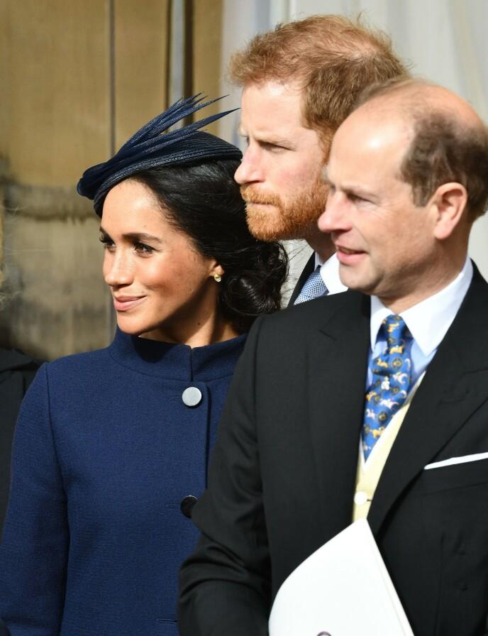 NYTT INTERVJU: Her er prins Edward med Meghan og Harry i 2018. Foto: Shutterstock / REX / NTB