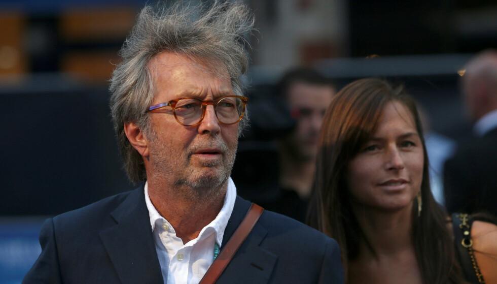 UTSTØTT: Musiker Eric Clapton hevder han har blitt utstøtt etter at han tydelig kritiserte håndteringen av pandemien. Foto: Neil Hall / Reuters / NTB