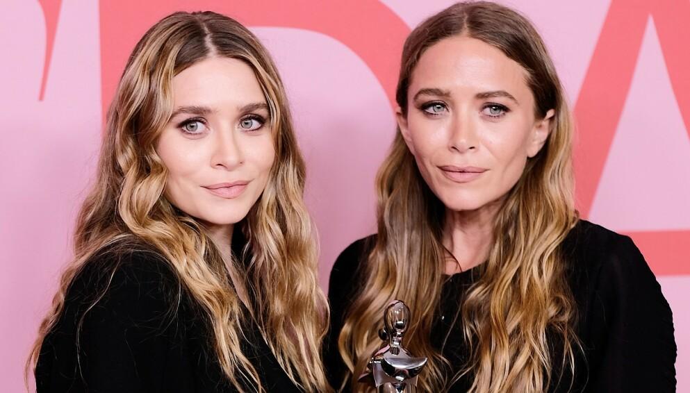 MOTE: Ashley Olsen (t.v.) og Mary-Kate Olsen (t.h.) gjør det stort innenfor motebransjen. Foto: Dimitrios Kambouris/ Getty Images/ AFP/ NTB