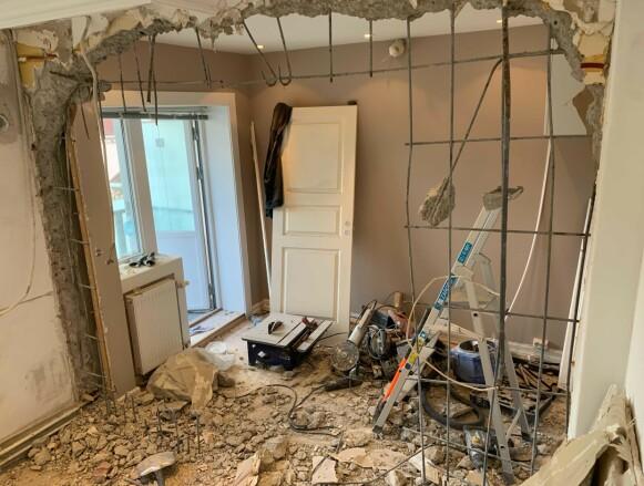 KAOS: Det er ikke bare bare å bo i et oppussingsprosjekt. Foto: Privat.