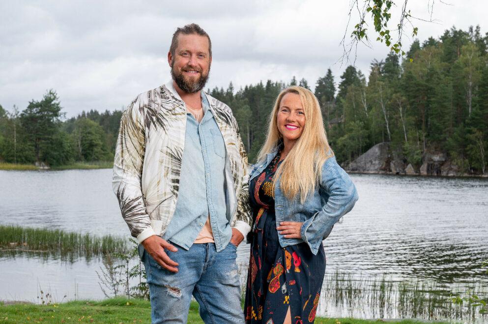 POPULÆRE: Jerry Johansson og Jeanett Fjeldstad fikk mye oppmerksomhet etter sin andreplass i TV-suksessen «Sommerhytta». Foto: Espen Solli / TV 2