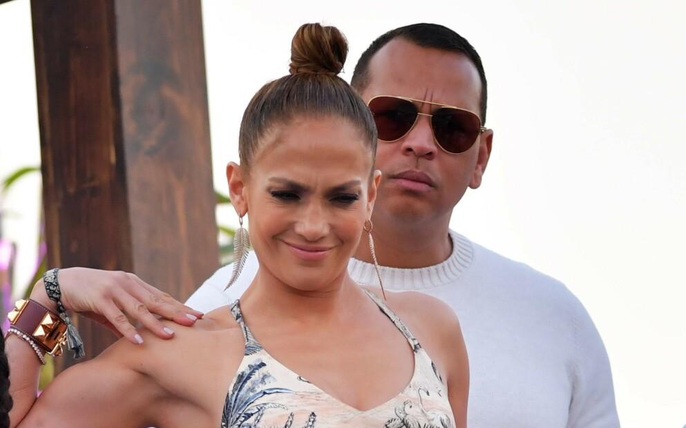 OVER OG UT: Lopez og Rodriguez gjorde det slutt i april. Nå har baseballproffen feiret bursdagen til eksen til Jennifer Lopez' nye flamme. Foto: Mediapunch / Shutterstock / NTB