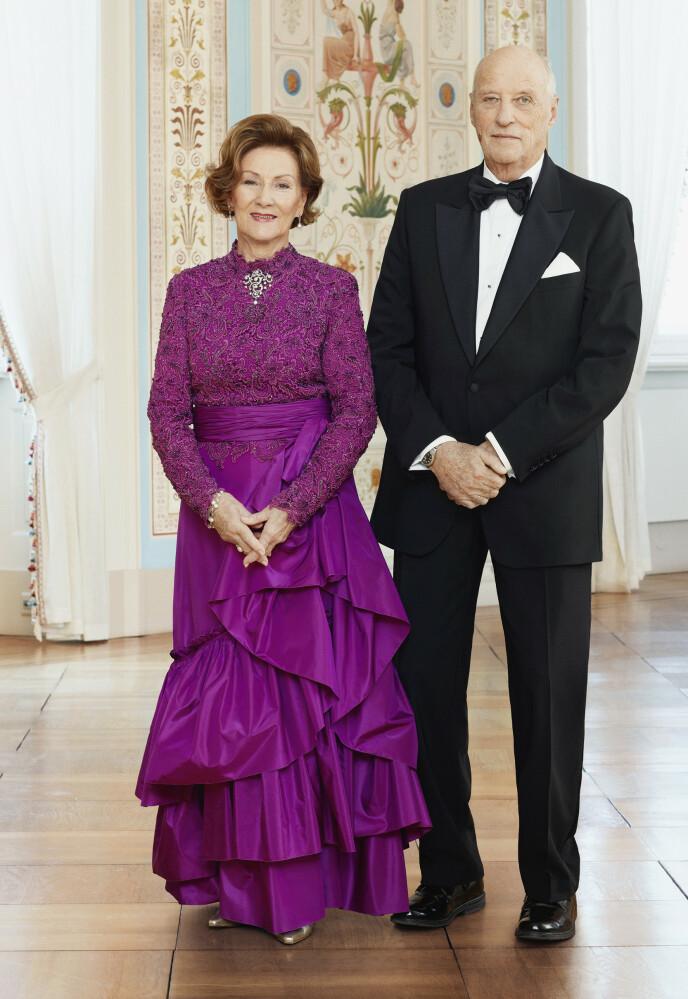 NYTT FOTO: Dette bildet ble publisert 23. juni 2021, i anledning 30-årsmarkeringen av signingen i Nidarosdomen. Foto: Jørgen Gomnæs / Det kongelige hoff