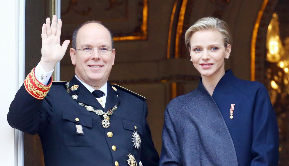 SØKK VEKK: Fyrstinne Charlene har ikke vært å se offentlig på over en måned. Her med ektemannen fyrst Albert i 2020. Foto: People Picture / Splash News / NTB