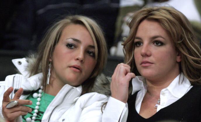 SØSKEN: Sangeren kritieserer nå søsteren for å ha tatt plassen hennes i rampelyset. Foto: REUTERS/Lucy Nicholson/Files/NTB