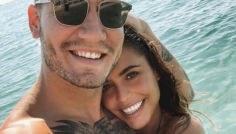 SLUTT: Nicklas Bendtner og Philine Roepstorff er ikke lenger et par. Bruddet har heller ikke akkurat gått som en dans på roser. Foto: Instagram