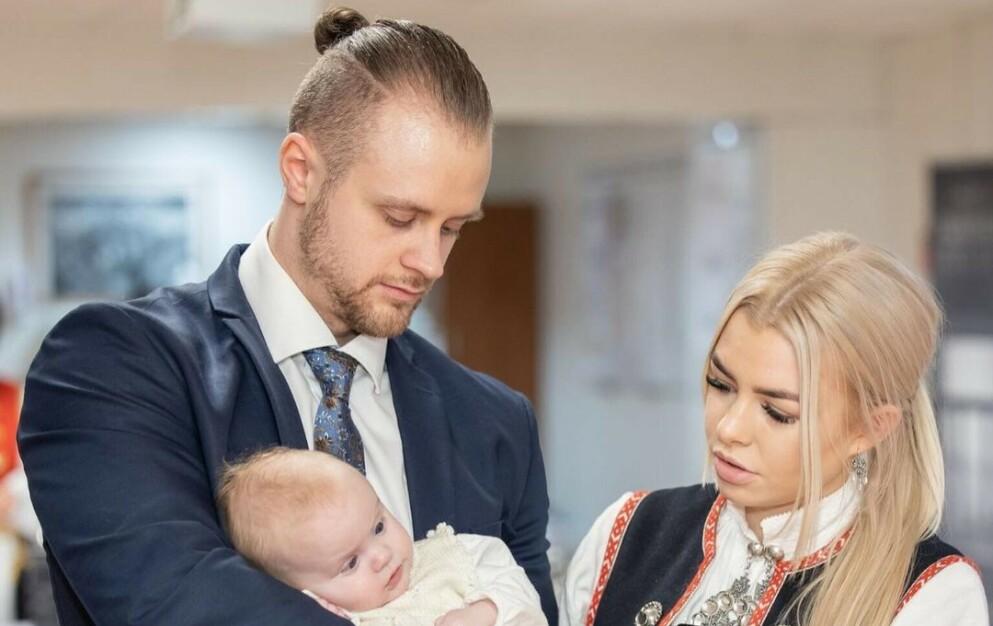 BABYLYKKE: Kristian Jarland fra «Paradise Hotel» har blitt far for andre gang. Her fra datteren Adeles dåp i 2020. Foto: Privat