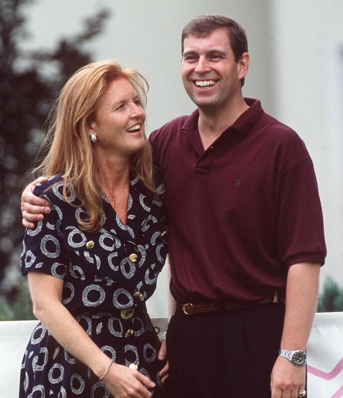 LYKKELIG: Hertuginna av York har tidligere omtalt bryllupsdagen i 1986 som den lykkeligste dagen i hennes liv. Her avbildet med prins Andrew i 1995. Foto: REX / NTB