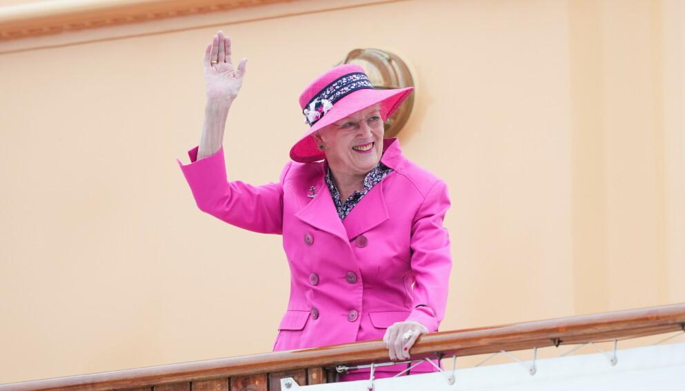 FÅR IKKE REISE: Dronning Margrethe er nok en gang blitt nektet å reise på offentlig reise. Her avbildet i juni. Foto: Claus Fisker / Ritzay Scanpix / NTB