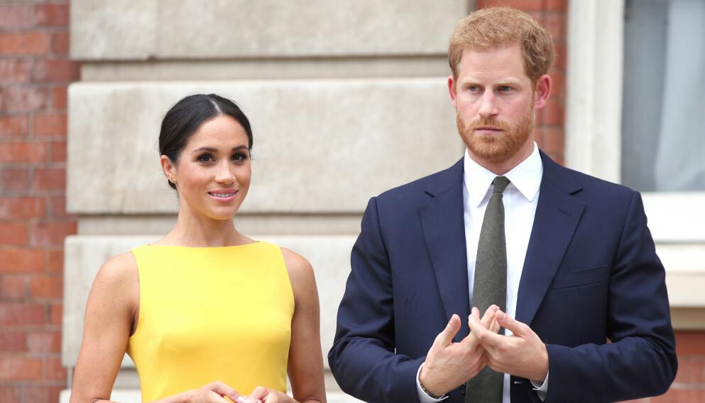 TRAKK SEG UNNA: Hertuginne Meghan og prins Harry har tatt avstand fra det britiske kongehuset. Foto: Yui Mok / Pa Photos / NTB
