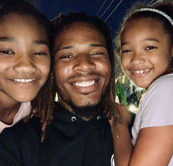 FAMILIEFAR: Fetty Wap med to av sine totalt seks barn. Foto: Skjermdump Instagram