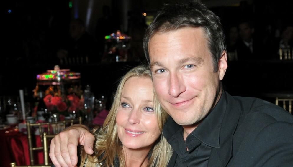GLADNYHET: John Corbett og Bo Derek er nå mann og kone, etter 20 år i forhold. Her avbildet i 2008. Foto:John Sciulli / BEI / REX / NTB