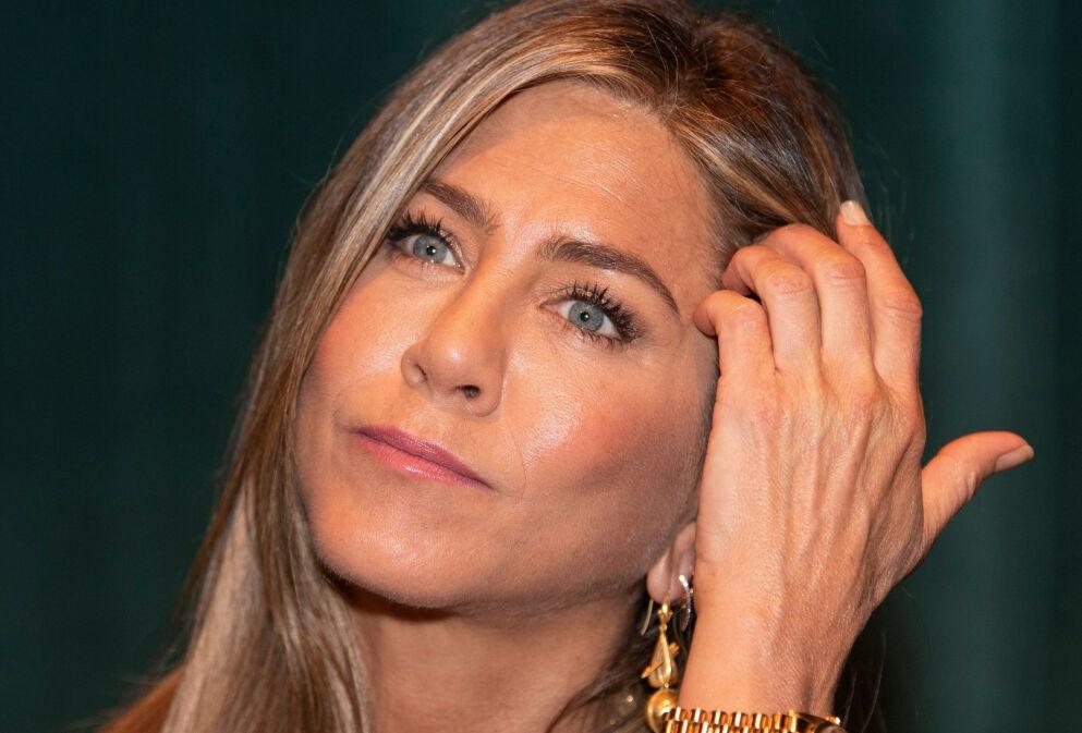ENGASJERT: Jennifer Aniston har vært en tydelig stemme gjennom hele pandemien. Nå kommer hun med en avsløring om omgangskretsen sin. Foto: Magnus Sundholm/ Shutterstock/ NTB