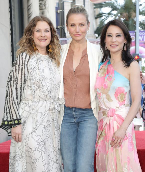 CHARLIE'S ANGELS: Drew Barrymore, Cameron Diaz og Lucy Liu spilte rollene som de tre englene. Her er trioen avbildet i 2019. Foto: Parisa Michelle / Splash News / NTB