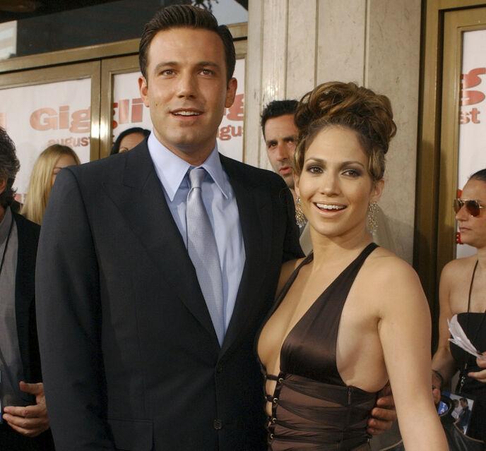DEN GANG DA: Ben og Jennifer i 2003 - året før de gikk hver til sitt. Nå skal de ha funnet tilbake til hverandre - og sistnevnte skal være helt ferdig med sin andre eks. Foto: AP/NTB