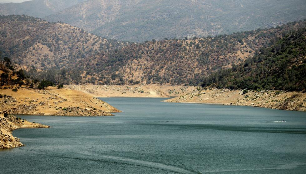 CALIFORNIA: Pine Flat Lake i Sierra National Forrest. Foto: AP Photo/Noah Berger / NTB