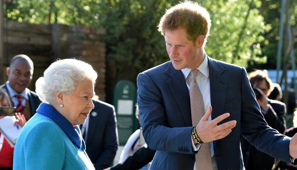 IKKE FORNØYD: Dronning Elizabeth skal ikke akkurat være fornøyd med prins Harry og hertuginne Meghans uttalelser om kongehuset. Nå tar hun grep. Foto: Shutterstock/NTB
