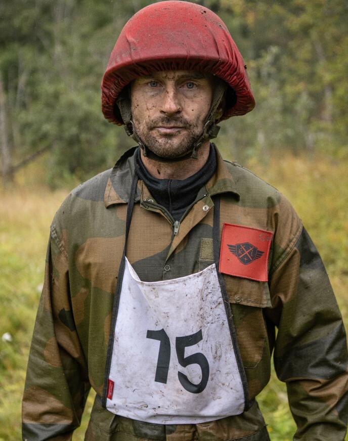 KORT ERFARING: Daniel Franck har vært to dager i militæret tidligere. Nå skal han utfordre seg selv. Foto: Matti Bernitz