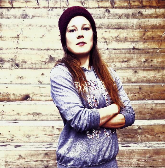 KUNSTNER: Åsta har gjennom yrkeslivet jobbet både som hiphop-lærer og musiker. Foto: Privat