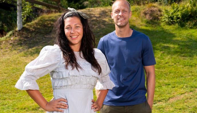 Tina Teien og programleder Mads Hansen. Foto: Espen Solli / TV2