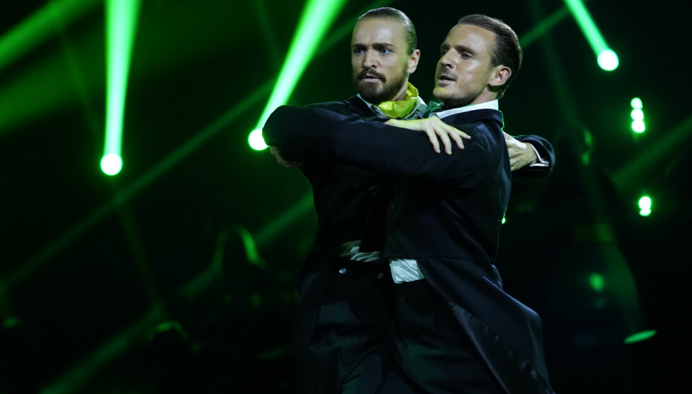 HØYEST SCORE: Med 27 dommerpoeng gikk duoen rett til topps blant deltakerne. Foto: Espen Solli / TV 2