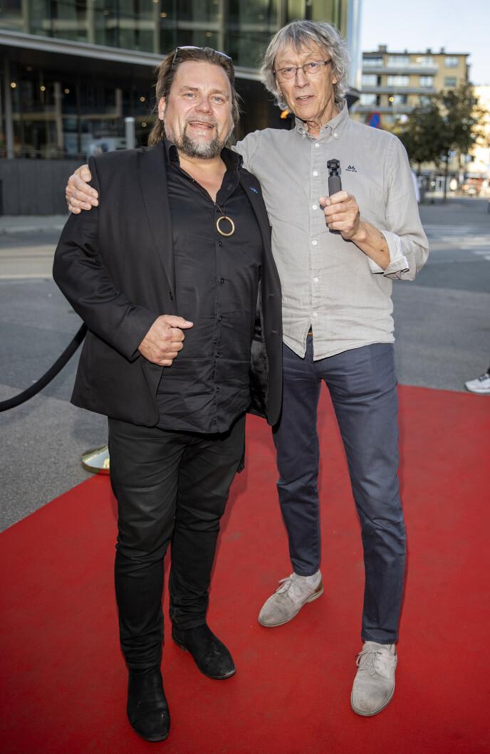 GOD STEMNING: Per Heimly og Knut Erik Jensen ankom premieren sammen. Foto: Andreas Fadum / Se og Hør