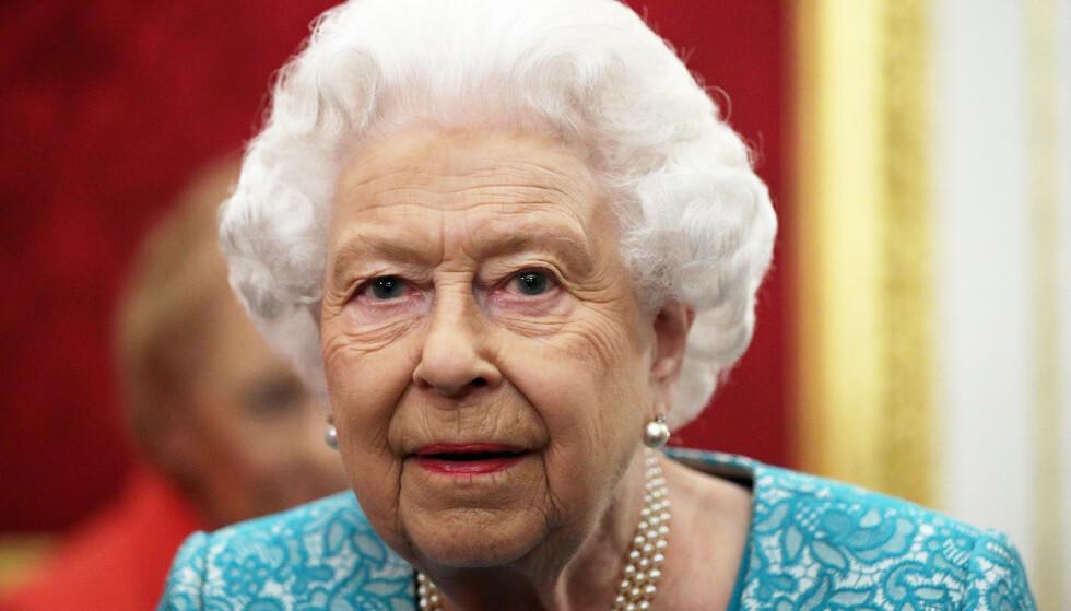 BEGRAVELSE: Nye opplysninger beskriver detaljer for dronningens bisettelse. Foto: Yui Mok/ Pa Photo/ NTB