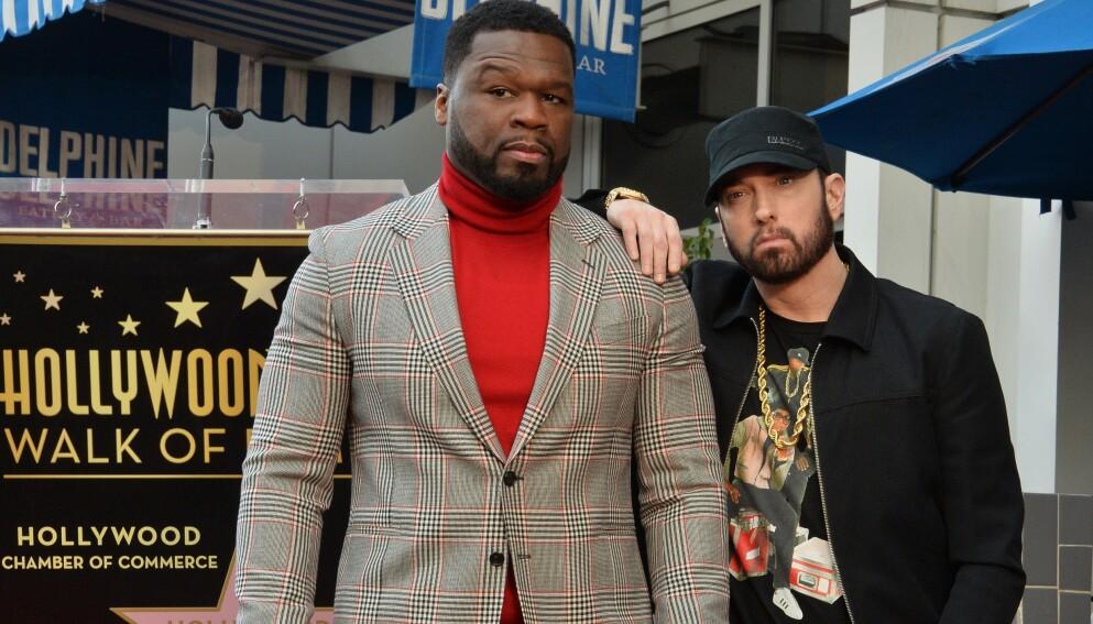 SLAKTES: Rapperen 50 Cents handling får fansen til å se rødt. Her avbildet med rapperen Eminem. Foto: Jim Ruymen/UPI/Shutterstock/NTB