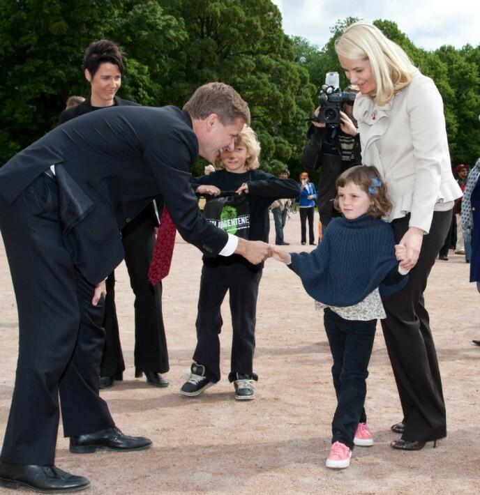 MILJØAGENT: Prinsessens engasjement for miljøet ble sådd tidlig. Her på Slottsplassen under Verdens Miljødag i 2009. Foto: Andreas Fadum / Se og Hør