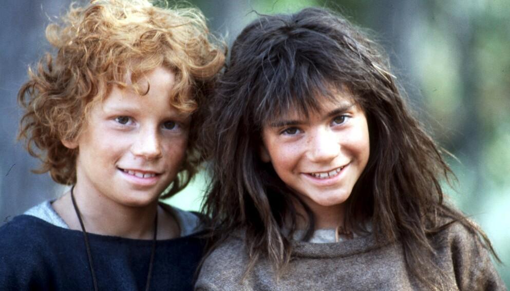 BARNESTJERNER: Her er Dan Håfström i rollen som Birk og Hanna Zetterberg i rollen som Ronja Røverdatter i 1983. Foto: Stefan Lindblom/ NTB