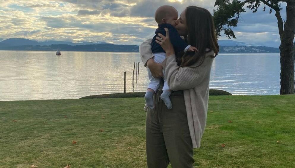 FIKK EN SØNN: David Foster og Katharine McPhee fikk en sønn tidligere i år. Først nå viser de ham frem. Foto: Skjermdump fra Instagram