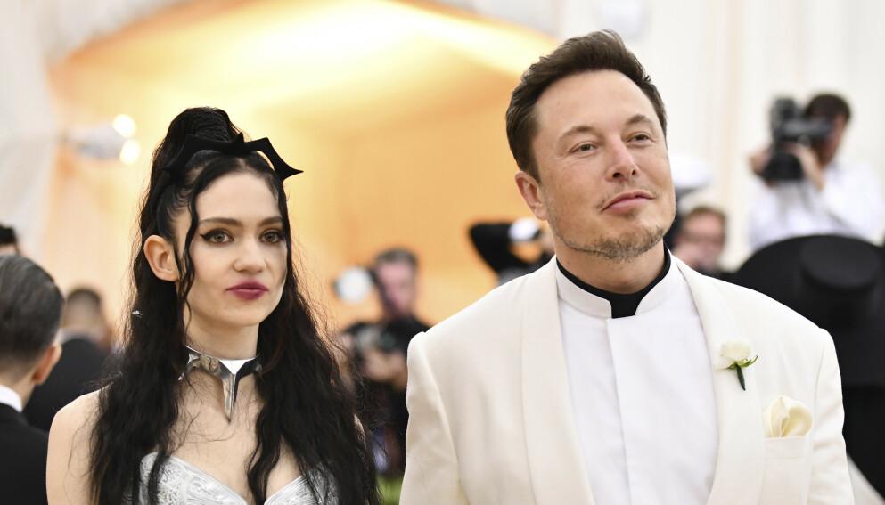 SMÅBARNSFORELDRE: Grimes og Elon Musk fikk en sønn for 16 måneder siden. Foto: Charles Sykes/Invision/NTB