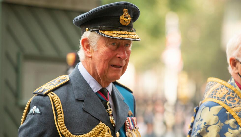 I HARDT VÆR: Prins Charles er for tiden midt i en etterforskning, etter at opplysninger om salg av æresorden og statsborgerskap skal ha kommet frem. Foto: James Manning / Pa Photos / NTB