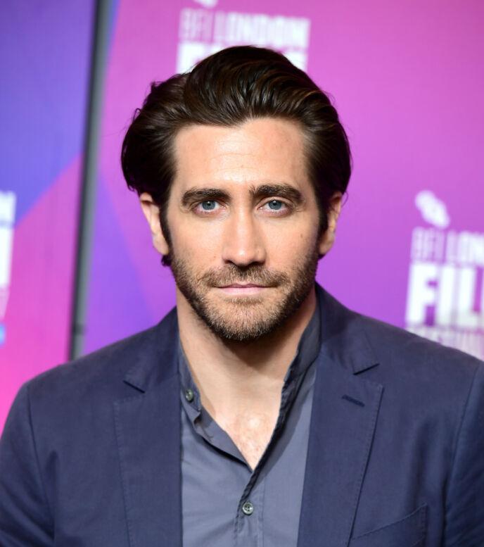 FORKLARER SEG: Jake Gyllenhaal oppklarer dusjutsagnet en gang for alle. Foto: Ian West / Pa Photos / NTB