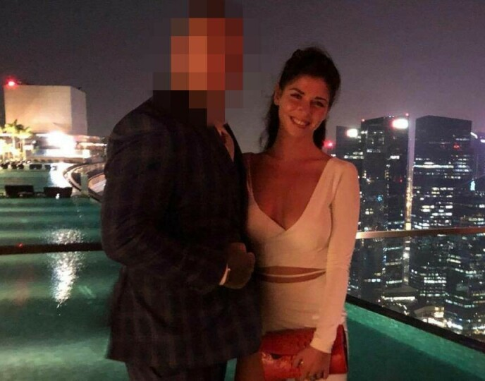 PÅ FERIE: Paret møttes i Thailand, og dro på ferie til Vietnam, Singapore og Dubai sammen. Anna Reed delte bilder fra reisene på sin Facebook-side. Foto: Skjermdump fra Facebook
