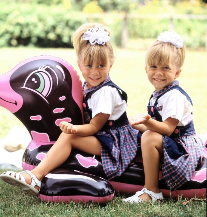 BARNESTJERNER: Mary-Kate og Ashley ble først kjent i tv-programmet «Full House». Her avbildet i 1989. Foto: Lorimar/ Warner Bros/ Kobal/ REX/ NTB