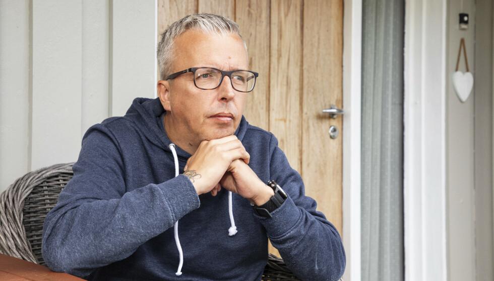 TRAGISK: - Det har sunket inn hos meg at livet aldri blir som før, sier Odd Steinar. I romjulen mistet han det mest dyrebare han hadde i den forferdelige katastrofen på Gjerdrum. FOTO: Morten Eik