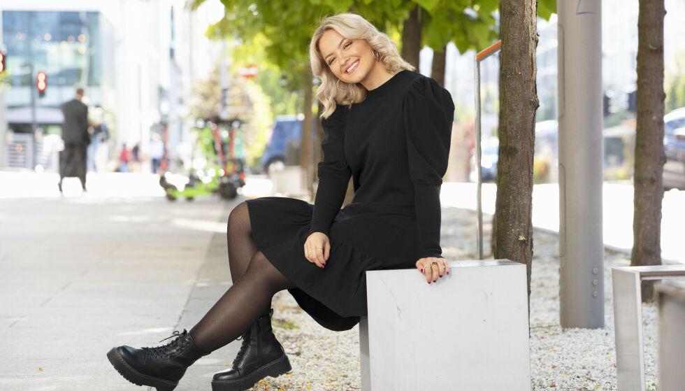 UMULIG: Alexandra Rotan er en av høstens store TV-favoritter, noe hun har klart helt på egenhånd. Nå tar hun et oppgjør med bransjen. FOTO: Morten Eik