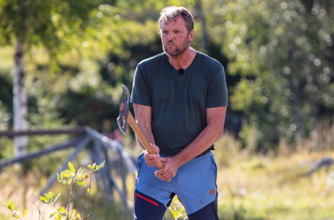 KOM TIL KORT: Kjell Strand er fullt klar over at hans motstander var bedre enn ham selv til å kaste øks. Foto: Alex Iversen / TV 2