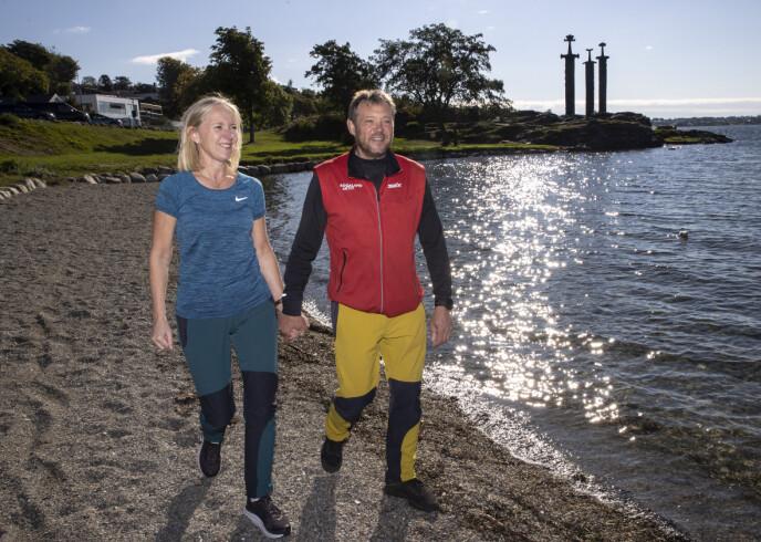 LYKKELIG PAR: Dagbladet møter Kjell Strand sammen med kjæresten Alfhild Storhaug ved «Sverd i fjell» i Hafrsfjord utenfor Stavanger. Foto: Andreas Fadum