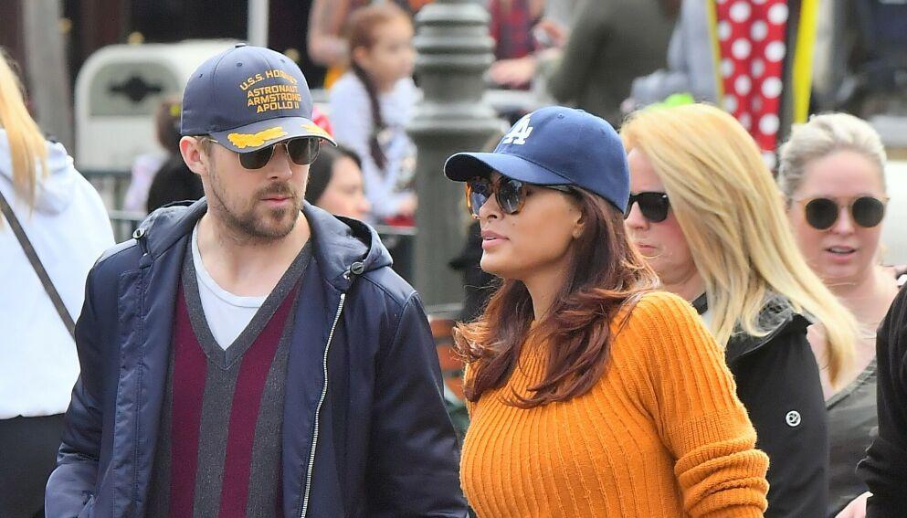 MEDIESKY: Skuespillerparet Ryan Gosling og Eva Mendes holder kortene tett til brystet om privatlivet. Nå åpner imidlertid førstnevnte seg. Foto: Marksman / Snorlax / Mega / NTB