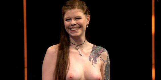 Image: - Tøft å gå kliss naken på TV