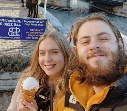 Image: Hittil ukjent kjæreste i sorg etter dødsfallet
